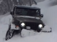 Jeep in extreme snow