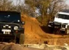 Jeep Wrangler v Landrover Defender
